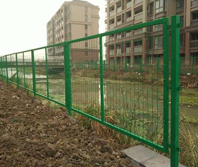上海钢护栏
