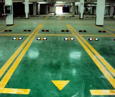 商场地下停车位划线